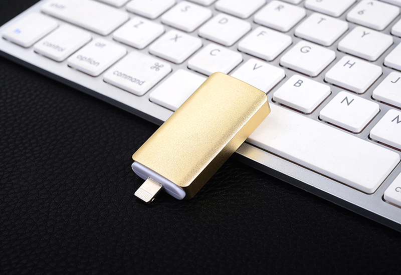 usb-3in1-flash-drive-for-iphone-otg17